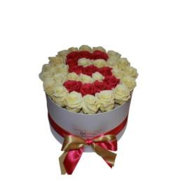 Forever Roses Large Με Σαμπανιζέ & Κόκκινα Τριαντάφυλλα Σε Λευκό Κουτί Δώρου