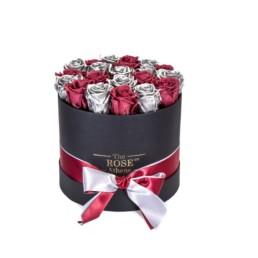 Forever Roses Medium Με Ασημί & Φούξια Τριαντάφυλλα Σε Μαύρο Κουτί Δώρου