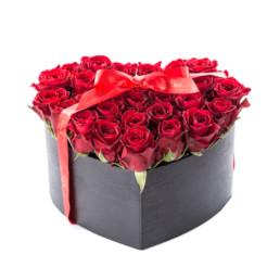 Φρέσκα Τριαντάφυλλα Σε Κουτί καρδιά large με κόκκινα τριαντάφυλλα