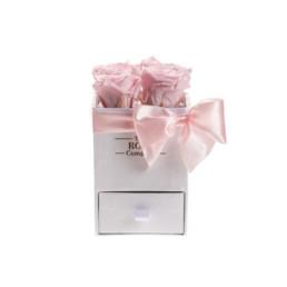 Φρέσκα Τριαντάφυλλα Baby Box Με Ροζ Τριαντάφυλλα Σε Λευκό Κουτί