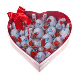 Kinder Hamper Medium Σε Κόκκινο Κουτί Σχήμα Καρδιά Γεμάτο Με Κinder Bueno.